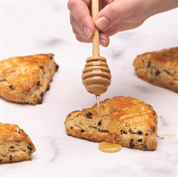 Picture of SOUR CREAM CURRANT SCONES